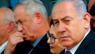 صورة إعلام: نتنياهو وغانتس مهددان بالاعتقال بجرائم حرب ويستنجدان بأوروبا