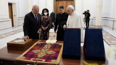 صورة هدية العراق إلى البابا فرنسيس .. قطعة لا مثيل لها في العالم