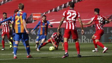 صورة الصراع يحتدم على لقب الدوري الإسباني إثر تعادل برشلونة مع أتلتيكو مدريد