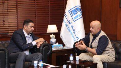 صورة الحاج توفيق والنائب ابو حسان يبحثان تحديات القطاع التجاري